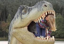 dinosaure, fille